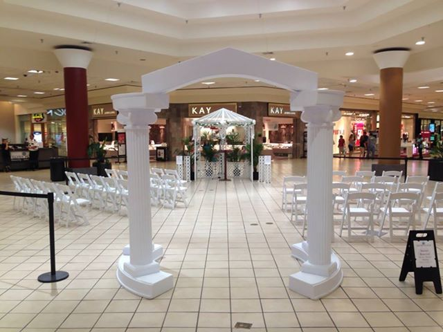 Glynn Place Mall Wedding Brunswick Ga Collinade Arch And Gazebo Www Rentallpartyshop Com Wedding Rentals Gazebo Table Decorations