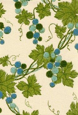 Mustaviinimarjoja vai viinirypäleitäkö nää on? Sinistä ja sit sininen ovi allaskaappiin?