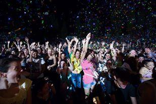 Στο Θέατρο Βράχων τον Ιούλιο του 2014 ήταν κάπως έτσι!