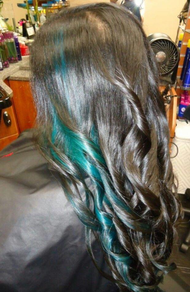 Teal hair streaks
