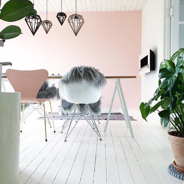 We're not ready to let go of Summer just yet and we're still in love with Rose Quartz the current #PantoneColourOfTheYear. This image from @krea_pernille we spotted on @roseandclink page has it all... Eames DAW Series 7 Chair Touch of Grey Geometric Lighting Hint of Green