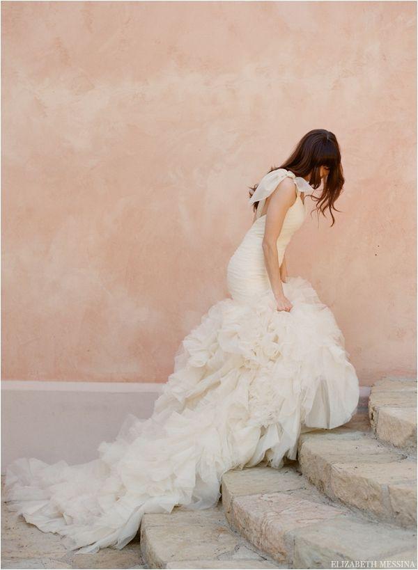 Le Magnifique: Kirstie Kelly Bridal by Elizabeth Messina