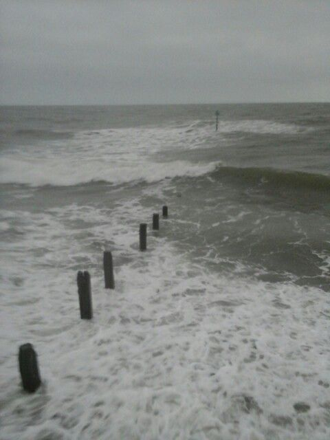 Teighnmouth this afternoon, very wild sea, taken by Amanda, 22nd January Thursday.