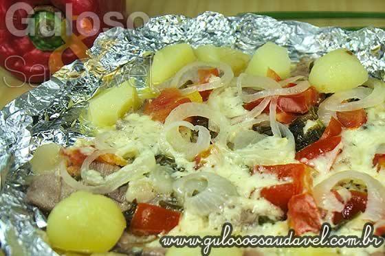 #BomDia! Amamos sardinha, difícil não gostar, não é?  Hoje o #almoço é uma saborosa Sardinha no Papelote (arenque)!    #Receita aqui: http://www.gulosoesaudavel.com.br/2012/11/20/sardinha-papelote-arenque/
