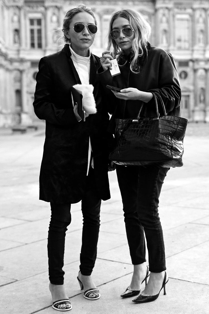 Those Olsen Twin Vibes - A Black White vs. Street Style Edition. -- LOVE these two style icons