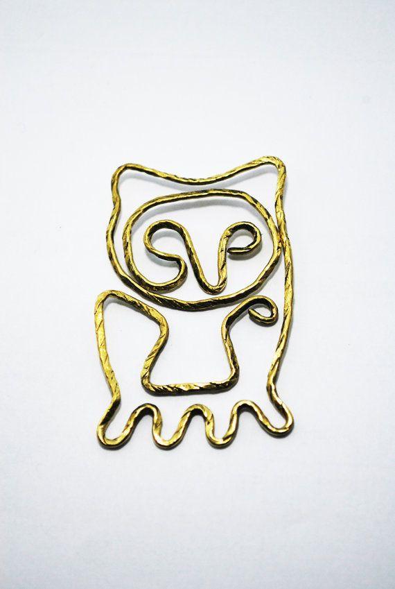 Paper Clip Brass Owl shaped paper clip by SouvenirsAtChiangMai
