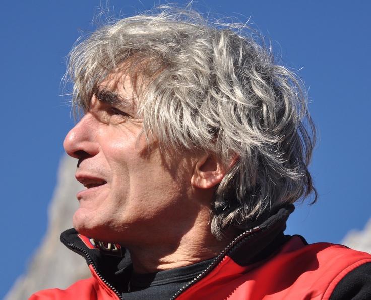 PADOVA. Peruzzi è professore associato dell'università di Padova e delegato del rettore alla Comunicazione della cultura scientifica e al Sistema museale di Ateneo. Impegnato nella ricerca, nella didattica e nella divulgazione scientifica.