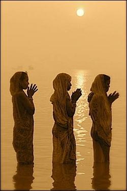 Hindu Women, awesome photography
