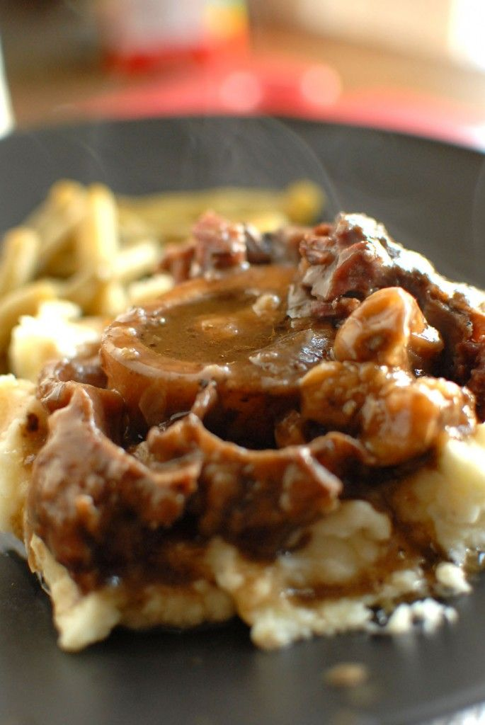 Red Wine and Garlic Braised Beef Shanks - made this recipe tonight. It was really good. The garlic was awesome.