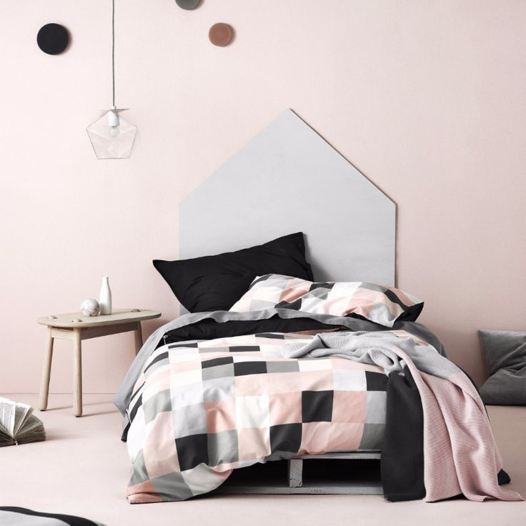 Aura Mosaic in Pearl Blush Quilt Cover Single Set