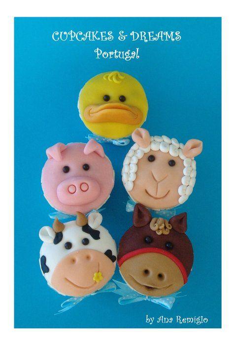 Farm Animal cupcakes by Ana Remigio on cakesdecor.com