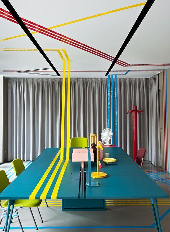 STUDIOPEPE || Windows, Set up || Castelli 2012 || The Private Life of Ordinary Objects Happy Go Lucky || PHOTO, Andrea Ferrari || LOCATION, Castelli, piazza Castello 19, Milano