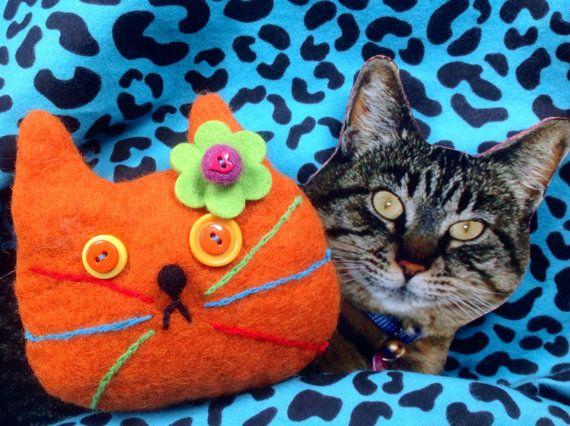 Orange Cat Bag by showmealittlesign on Etsy, $15.00