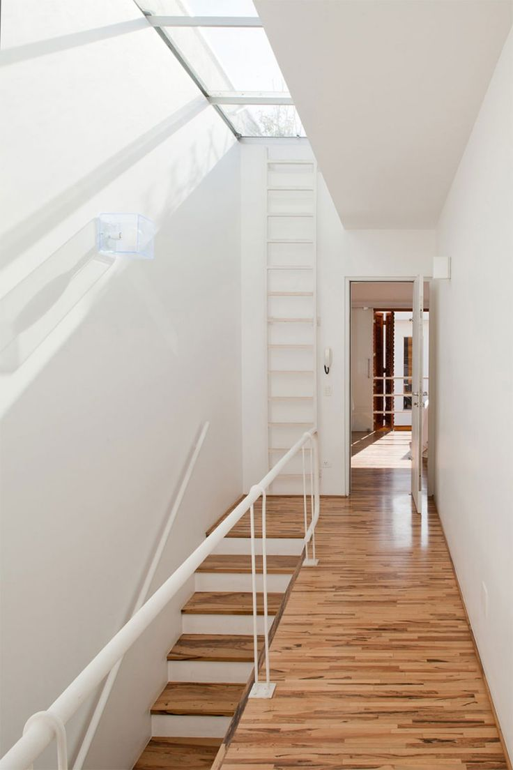 5 - escada e claraboia
