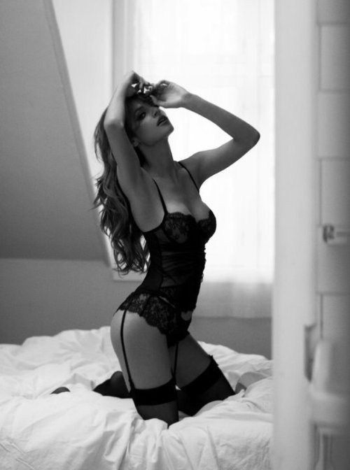 Black lingerie www.pinterest.com/wholoves/lingerie