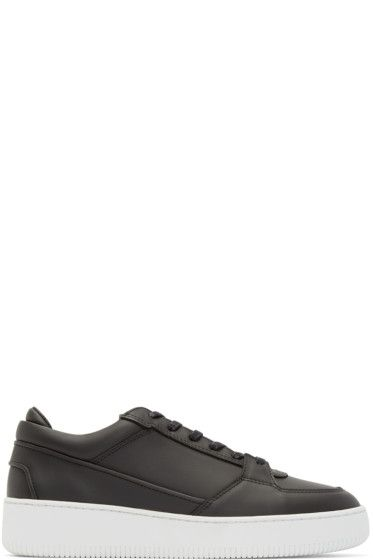 ETQ Amsterdam - Black Leather Virtus Low 3 Sneakers