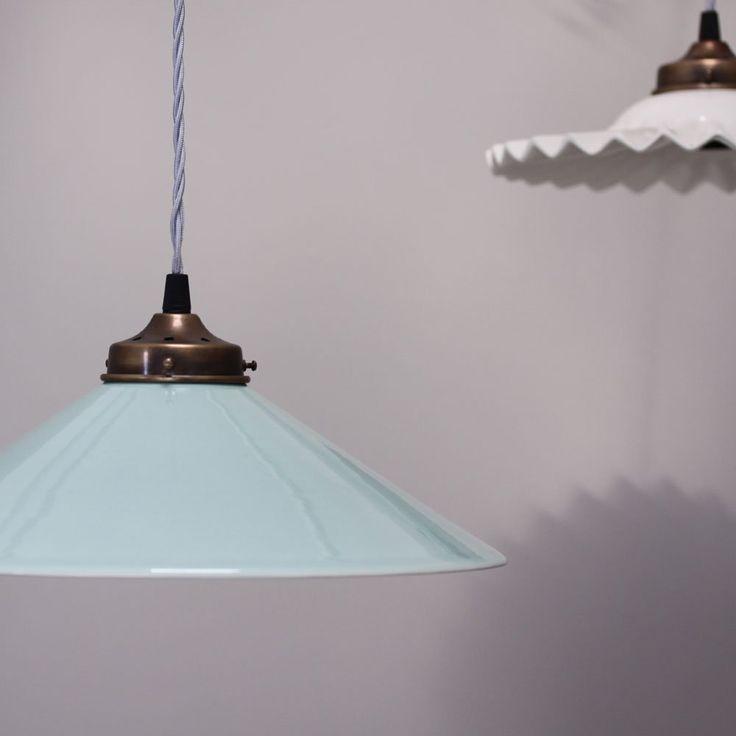 Ceramic Classic Suspended Lamp - Atlantic Mist
