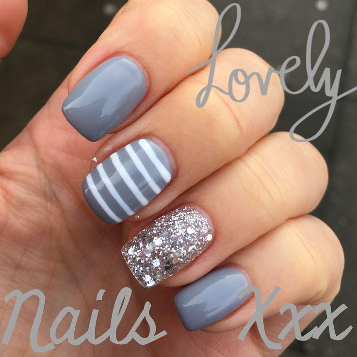 Grey glitter gel nails