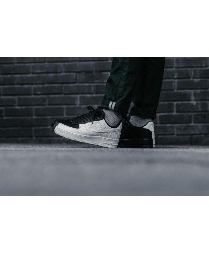 hot sale online 946df d8c87 Nike Air Force 1  07 Premium  Split  Blanc ...