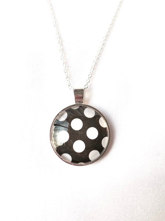 Black and white dotted necklace
