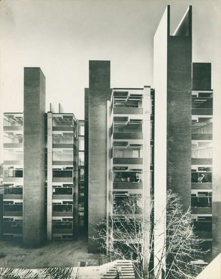 Richards Medical Research Laboratories (1960) | University of Pennsylvania, Philadelphia PA | Louis Kahn