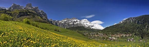 Zwitserland - Leukerbad, wandelen en wellness in een imposante bergarena :  • in Leukerbad combineer je prachtige natuur met pure ontspanning  • berg- en badenpas inbegrepen (geeft toegang tot kabelbanen, plaatselijke busdiensten en thermale baden)  • zowel voor niet-geoefende als voor sportieve wandelaars (de meeste tochten kunnen ingekort of verlengt worden)