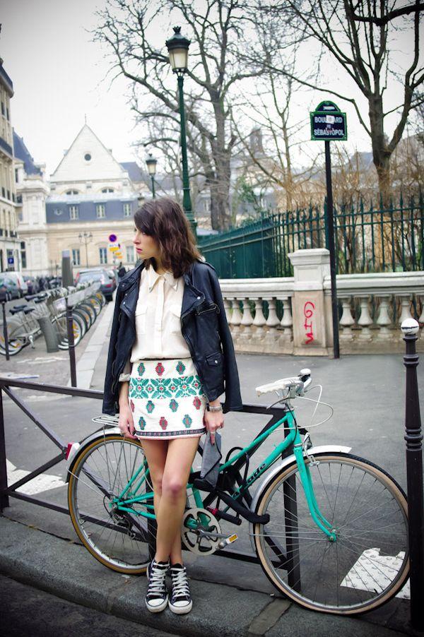 Converse se ha convertido en la marca preferida de los jóvenes, no sólo por sus diseños, sino también por su comodidad. Los diseños de lona son los más famosos convirtiéndose en una marca pionera, símbolo de autenticidad e independencia. Todo un icono de la moda. http://www.liniofashion.com.co/linio_fashion/zapatos-mujeres?utm_source=pinterest_medium=socialmedia_campaign=COL_pinterest___fashion_zapatos_20130924_11_sm=co.socialmedia.pinterest.COL_timeline_____fashion_20130924zapatos.-.fashion