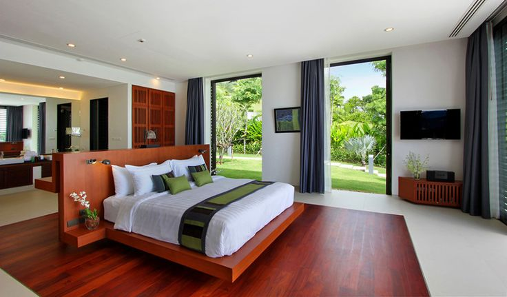 Architecture, Cool спальня с большими окнами Thai Modern House Design Of Villa Padma At Luxury Resorts In Phuket Featuring Bedroom Sea View With Master Bed: Remarkable Thailand Villa Design among Greenish and Bluish Landscapes