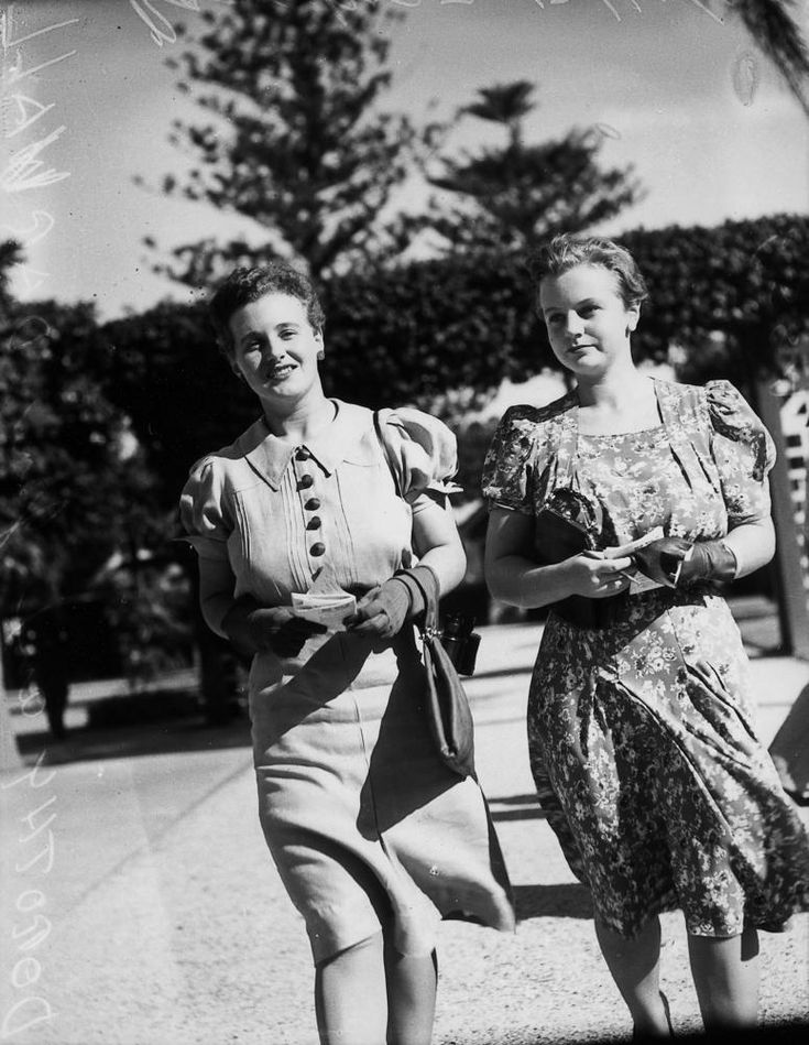 https://flic.kr/p/dp5J98 | Two young women enjoying a day at the races, Brisbane, 1940 | Creator: Unidentified for Sunday Truth newspaper.  Location: Brisbane, Queensland.  Description:  Two young women are photographed walking at Ascot racecourse, Brisbane. Part of the Sunday Sun newspaper collection at John Oxley Library, State Library of Queensland.   View this image at the State Library of Queensland: hdl.handle.net/10462/deriv/91683   Information about State Library of Queensland's…