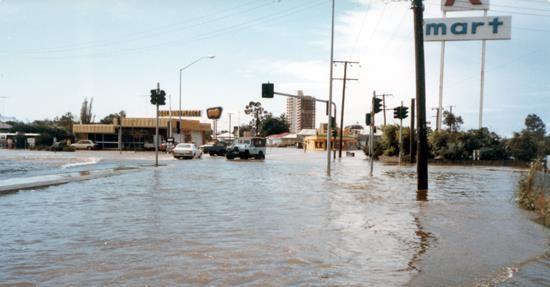 MAROOCHYDORE 4550 QLD AUSTRALIA/FLOODS 1983