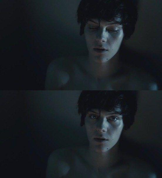 Best Scene Of Suicide Room