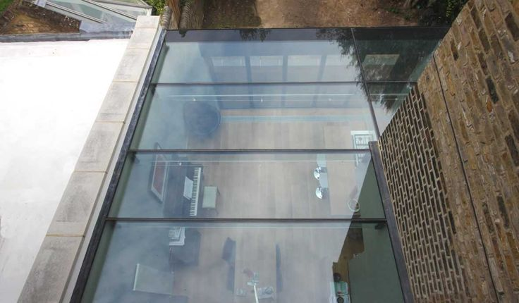 Glass in Marine Environments