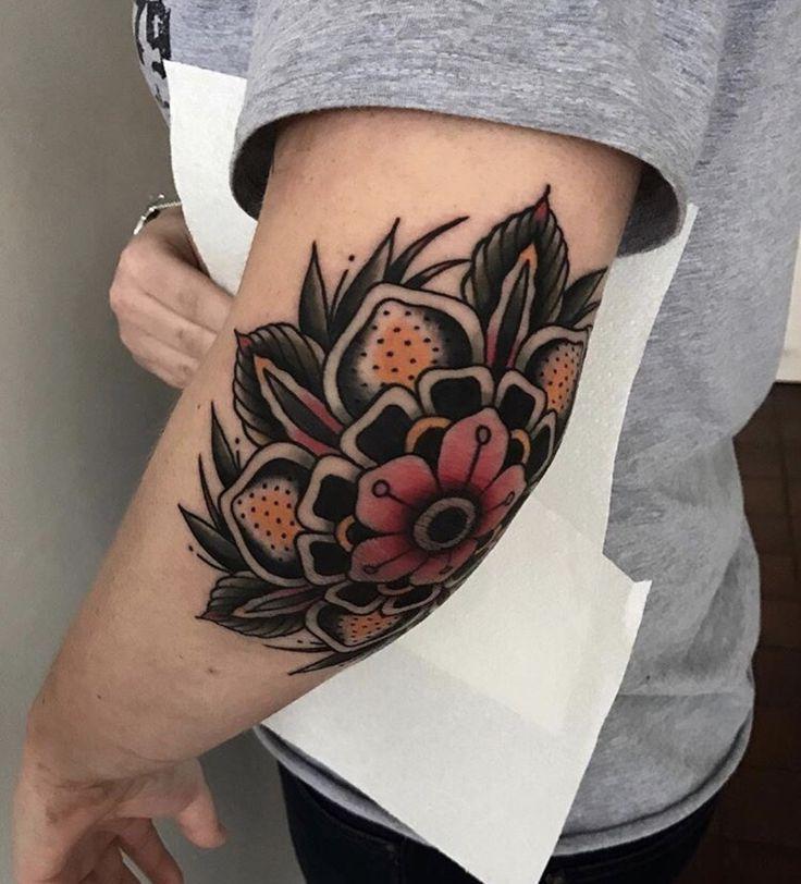 The 25 Best Knee Tattoo Ideas On Pinterest
