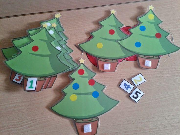 Con la proximidad de las fiestas navideñas, he creado este juego para mi alumnado. Los árboles los encontré en Internet, les pegué gome...