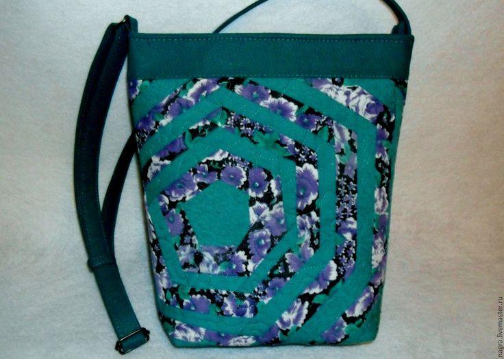 Купить Летняя сумочка через плечо Крейзи-квилт - абстрактный, комбинированный, изумрудный цвет