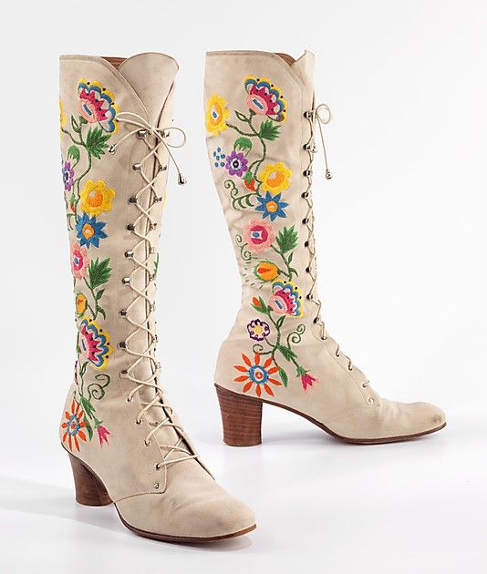 floral embroidered hippie bohemian • boho • tall boots • hippy • gypsy • tribal • nomad • earth child • bohemian hippie style • riawati