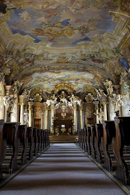 Aula Leopoldina baroque hall at University of Wroclaw, Poland (by pieter.morlion).