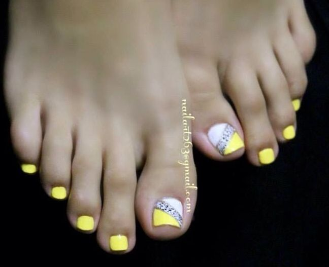 Yellow and animal print toe nail art | Pedicure ideas ...