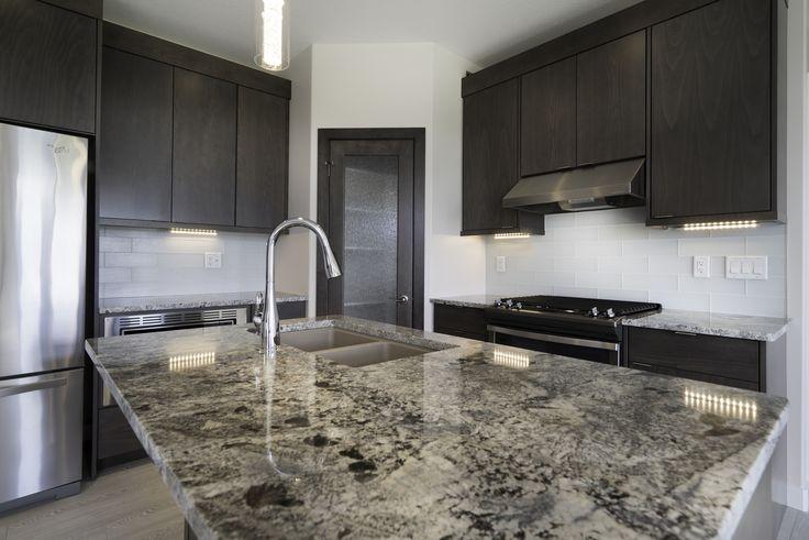 Granite kitchen island!