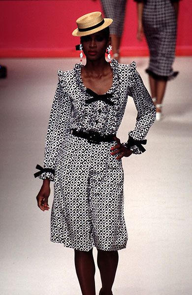 5e06adfad91 Yves Saint Laurent Spring Summer 1996 Ready-to-Wear Collection | YSL ...
