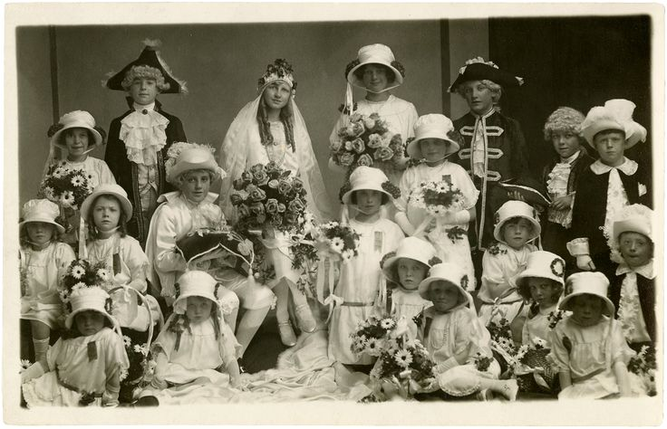 Old Photo Children's Pageant