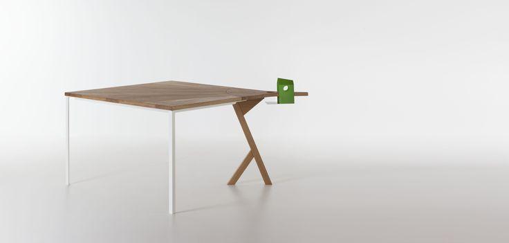 Tuitti / bird-friendly outdoor table / design Michele Santomarco / Formabilio