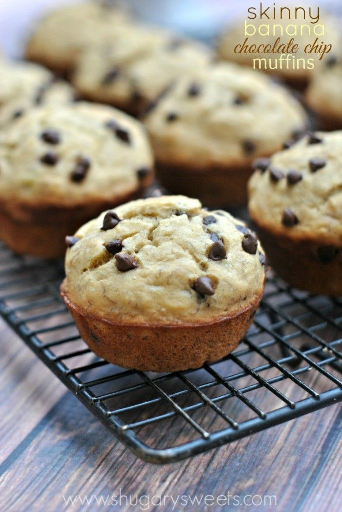 Skinny Banana Chocolate Chip Muffins are delicious and flavorful, while being light in fat and calories! Healthy breakfast