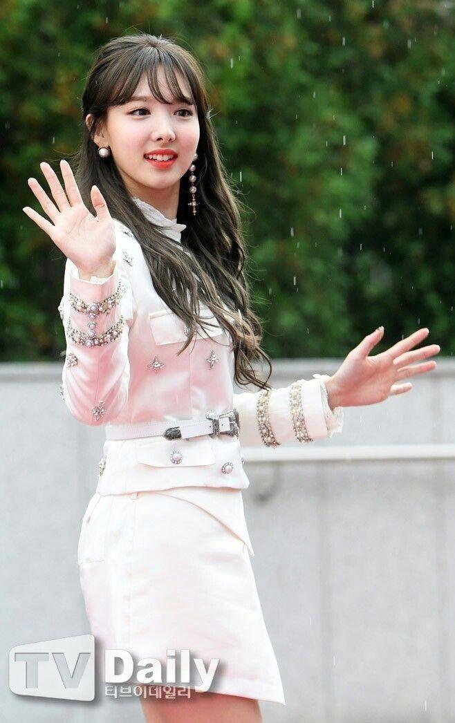 Nayeon Twice Imnayeon Kpop Jyp Idol Kpopidol Koreanmusic Nayeontwice Nayeon Kpop Girls Nayeon Twice