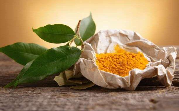 Ο κουρκουμάς είναι εξίσου αποτελεσματικός με 14 συμβατικά φάρμακα! | MpesVges.com