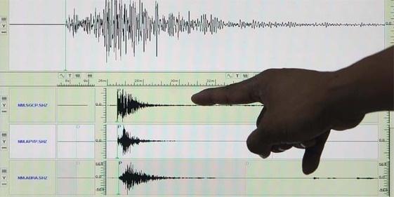 Sismo de magnitud 5,2 sacudió tres regiones del centro y sur de Chile - Globovision