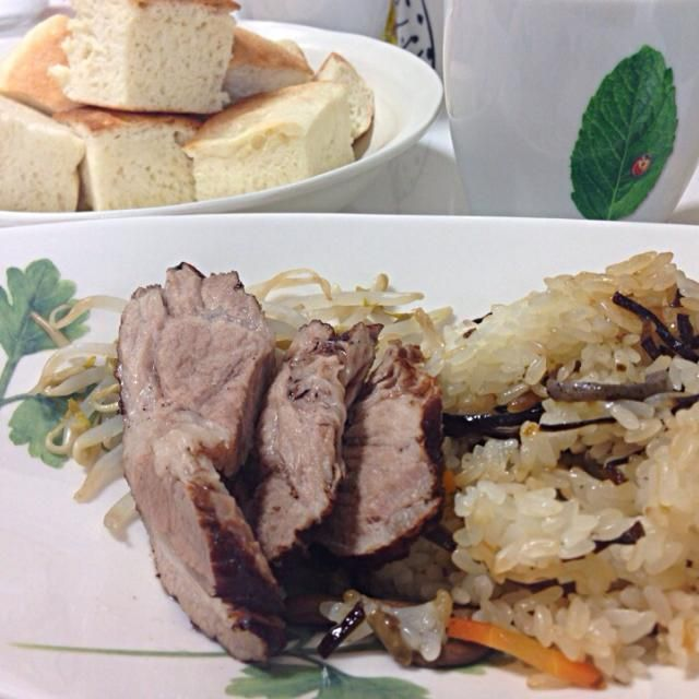 メグちゃん宅です(*^_^*) - 50件のもぐもぐ - 山菜おこわと豚の紅茶煮 by chikage214