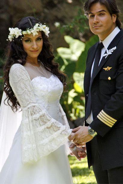 Ana Brenda Contreras and Daniel Arenas