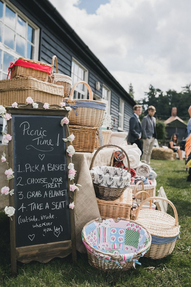 Baskets Food Catering Pastel Pretty Summer Picnic Wedding http://www.loveluella.co.uk/