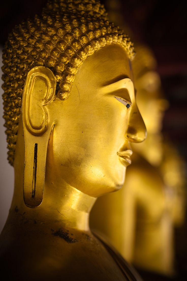 Golden Buddha, Wat Yai, Thailand